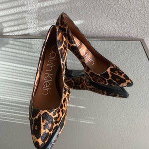 *NBW* Stunning Calvin Klein Leopard spring Heels